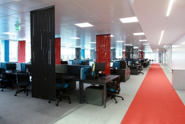 """<p class=""""caption-name"""">Commercial Office, City Quay, Belfast</p> 1800<sup>m2</sup> Carpet Tiles"""